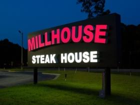 Millhouse (1)